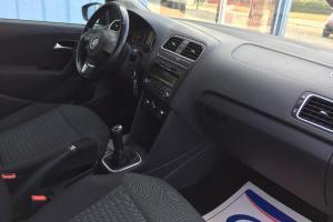 EXCLUSIV AUTO VOUS PROPOSE CETTE PETITE BERLINE VOLKSWAGEN POLO 1.2L TDI 75CV
