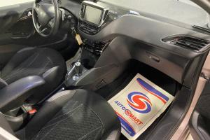 PEUGEOT 208 BOITE AUTOMATIQUE 1.4L HDI 70 CV MODELE ACTIVE DE 2012